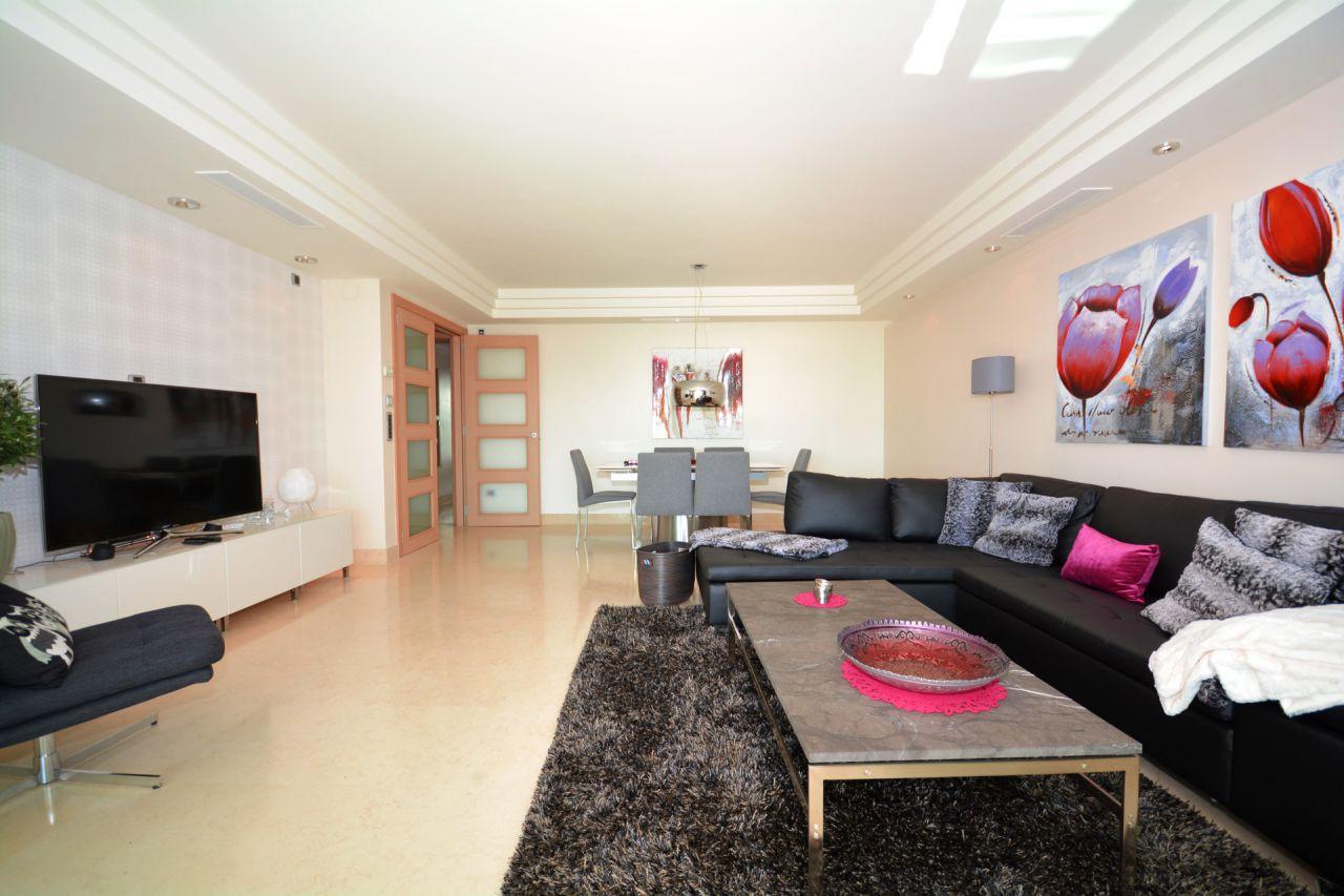 Luxe appartement te koop in marbella centrum spanje specials for Appartement luxe