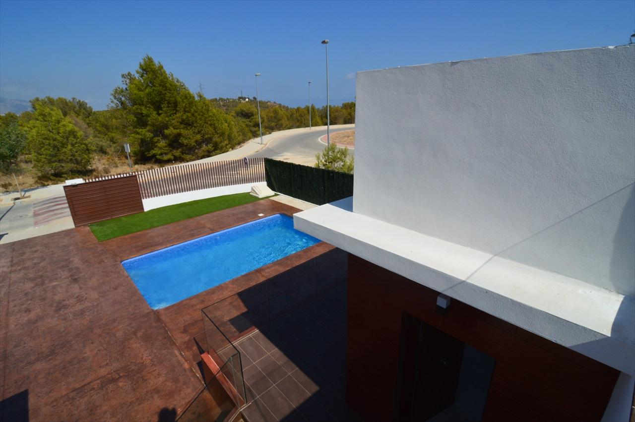 Aanbevolen 4159 moderne meubels spanje afbeelding foto beste voorbeelden afbeeldingen - Ontwerp zwembad meubels ...