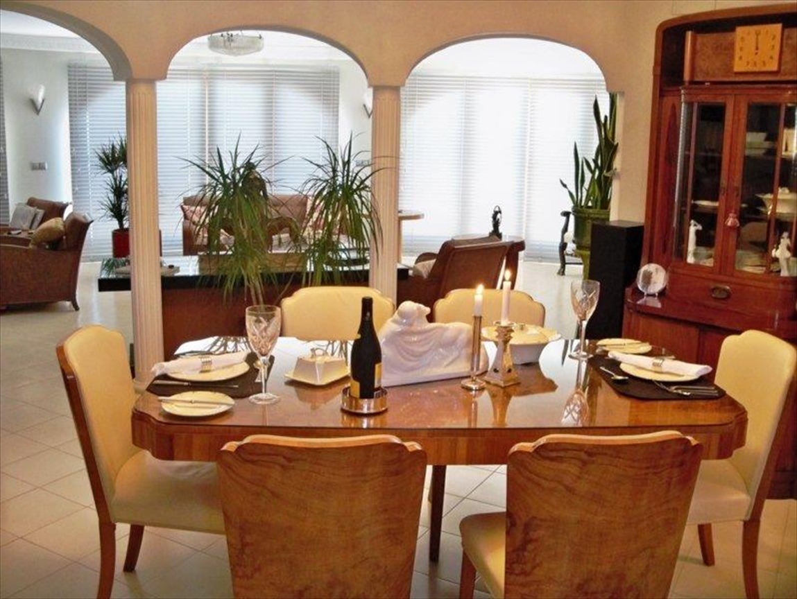 Luxe villa met zeezicht moraira costa blanca spanje specials - Ouderlijke suite met badkamer en kleedkamer ...