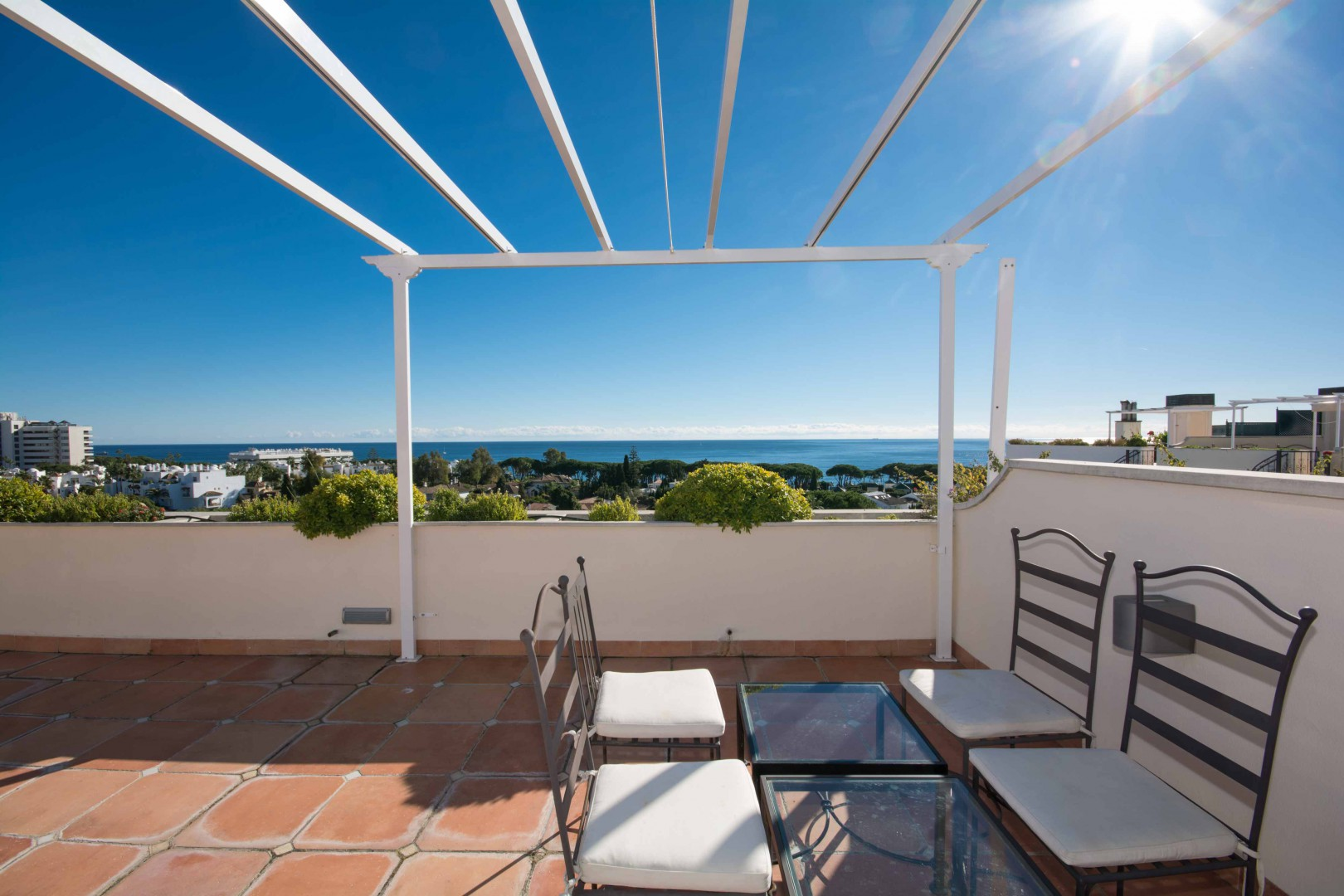 Penthouse te koop op de golden mile in marbella spanje specials - Wind oog op de penthouse ...