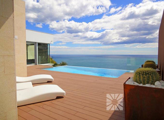 Droom villa te koop Costa Blanca met zeezicht.