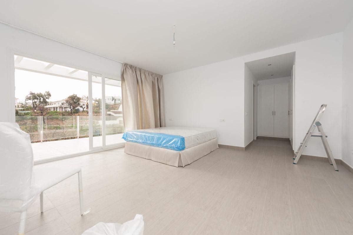 Nieuwbouw villa te koop elviria costa del sol spanje specials - Eigentijdse stijl slaapkamer ...
