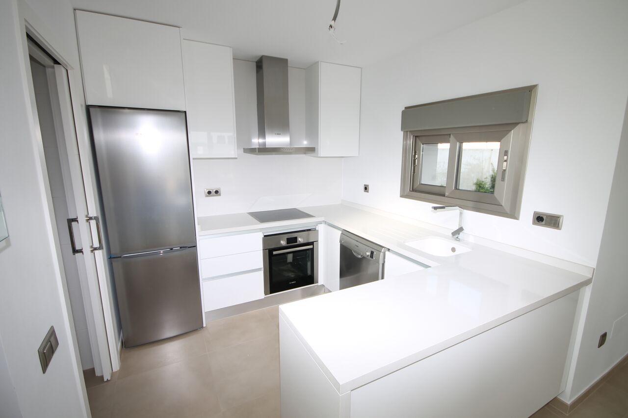 Moderne luxe nieuwbouw villa s in golfresort costa blanca te koop spanje specials - Keuken ontwikkeling m ...