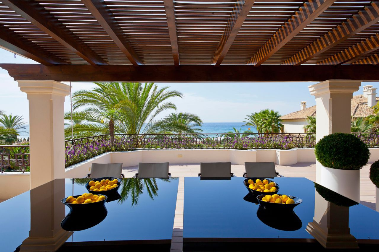 Luxe strand penthouse Los Monteros, Marbella
