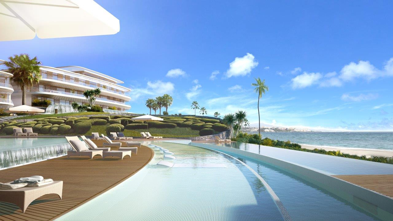 Eerste lijn strand moderne appartementen en villa's in Estepona