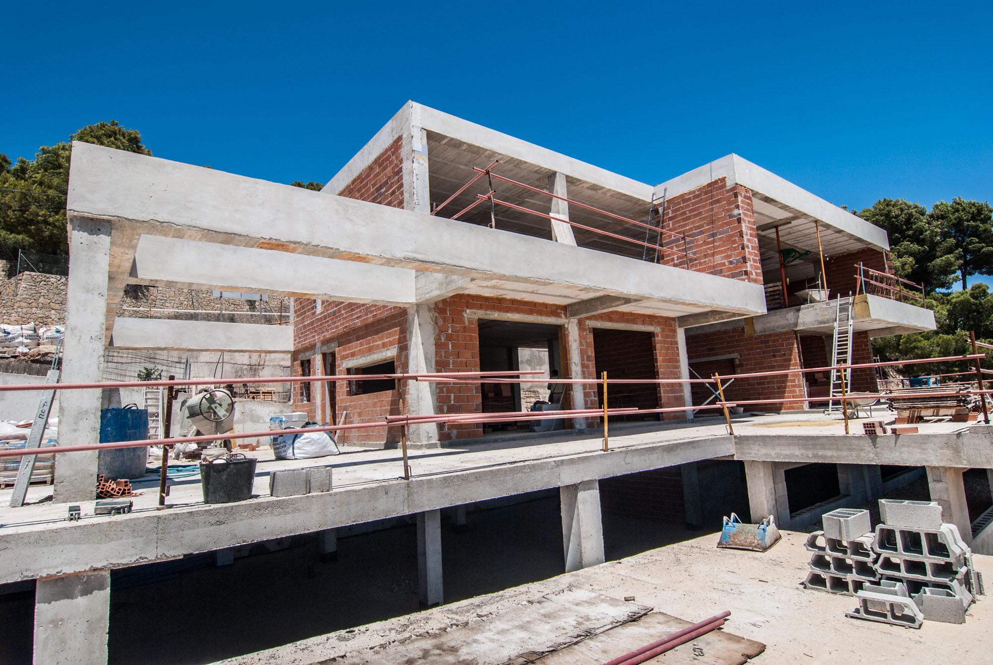 Moderne luxe villa met panoramisch zeezicht in calpe for Moderne luxe villa