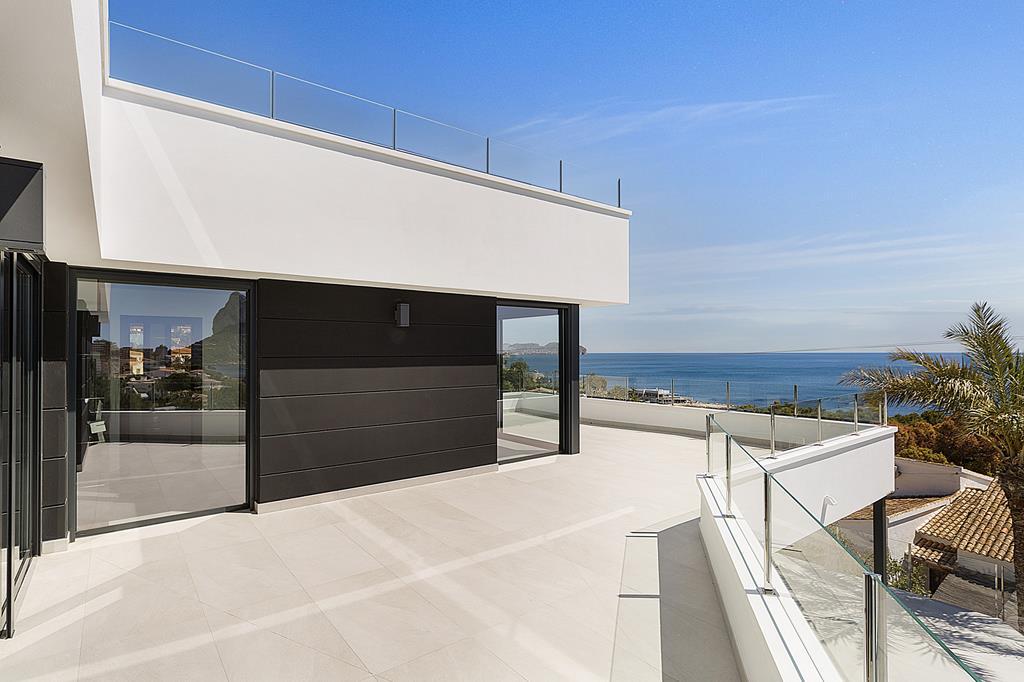 Moderne luxe zeezicht villa in Benissa