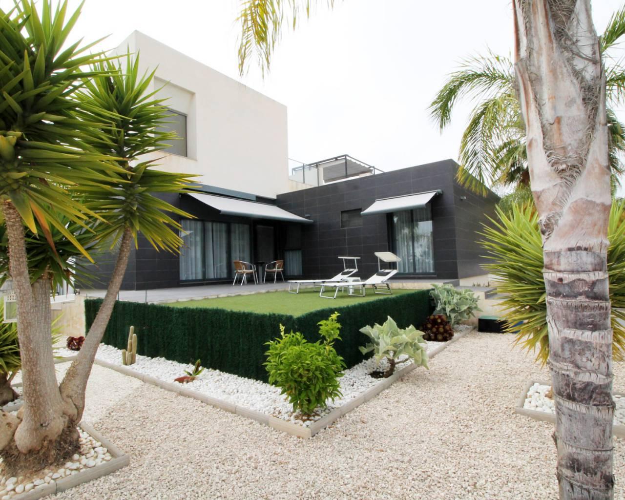 herverkoop-half-vrijstaande-villa-orihuela-costa-villamartin-golf_2021_xl