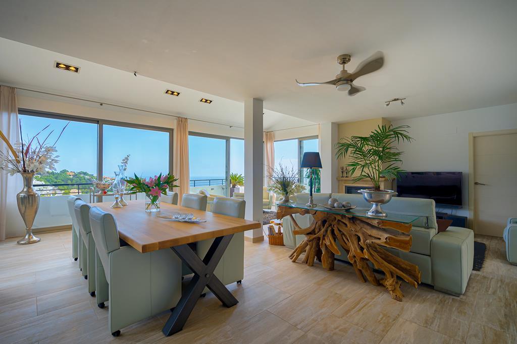 Prachtige gerenoveerde luxe zeezicht villa in Altea